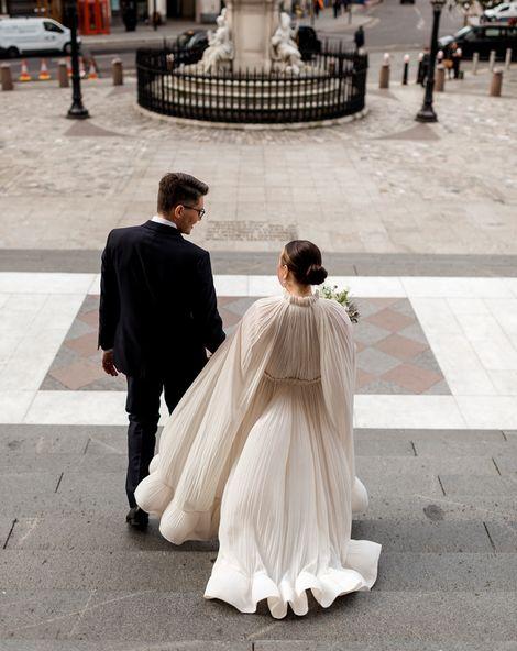 拉普斯特婚礼礼服