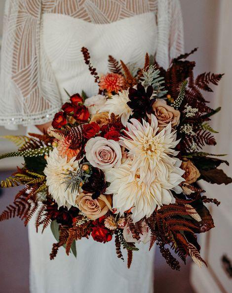 Autumn Wedding Flowers Richard Skins Photography 030