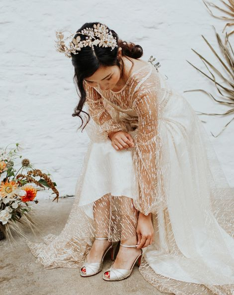 White and Gold Wedding Inspiration 2