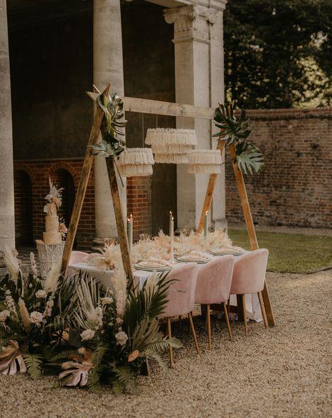 C5 Topical wedding flower arrangements cover