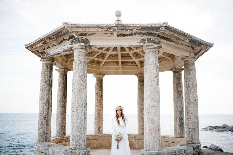 """Image by <a href=""""https://www.padilla-rigau.com/ca/weddings"""" target=""""_blank"""">Padilla & Rigau Photographers</a>"""