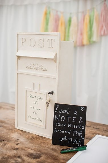 "Image by <a href=""https://www.katherineashdown.co.uk"" target=""_blank"">Katherine Ashdown Photography</a>"