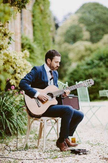 Acoustic Guitar Wedding Entertainment