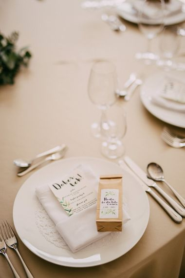 Place Setting For Wedding with Personalised Favours