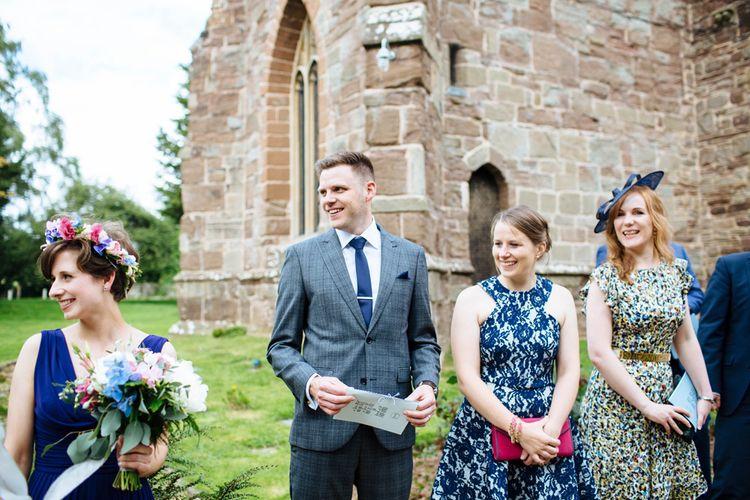 Wedding Guests   Laura Debourde Photography