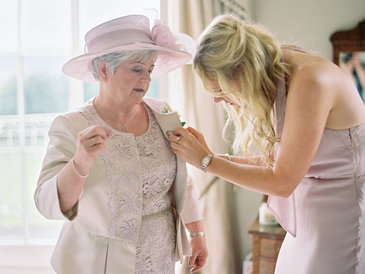 Bridal Preparations | Getting Ready Portraits | David Jenkins Photography | Confetti & Silk Films