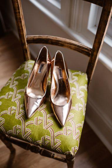 Metallic Wedding Shoes   Image by Ellie Gillard Photography