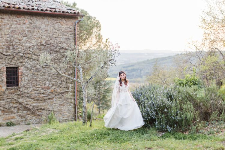 Villa Montanare Elegant Italian Wedding Venue Tuscany With Fine Art Styling By The Wedding Stylist With Dresses By Katya Katya London & Cecelina Photography