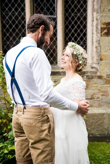 Wedding Ceremony   Bride in Lace Wedding Dress   Groom in Shorts, Braces & Bow Tie   Coastal Wedding at Driftwood Spas St Agnes, Cornwall   Jessica Grace Photography