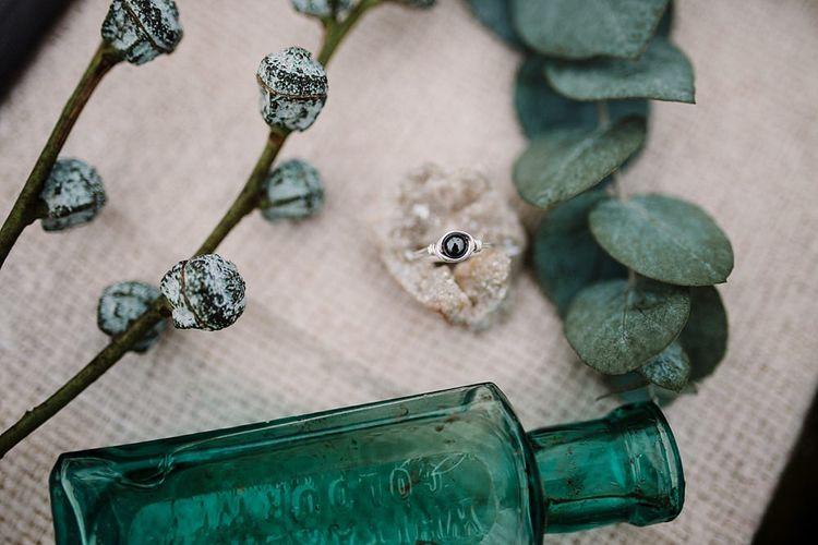 Wedding Decor | Boho Winter Tipi Wedding Inspiration | Styling & Concept by Pretty Creative | Amy Faith Photography