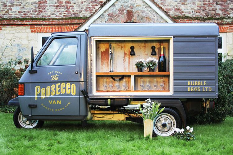 "<a href=""https://www.rockmywedding.co.uk/thelist/bubble-bros-ltd-the-prosecco-van/"">Bubble Bros Ltd (The Prosecco Van)</a>"