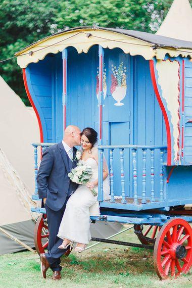 Bride & Groom Shepherds Hut