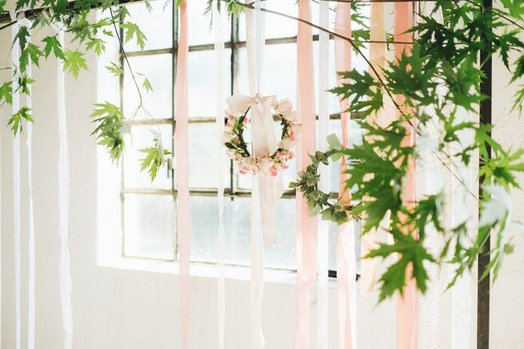 Altar Floral Hoops   Pastel Wedding at Tommy Vitello, Italy   Planning & Styling by Agnese Sogna Sempre   Matrimoni all'Italiana Photography   Amu Wedding Videos