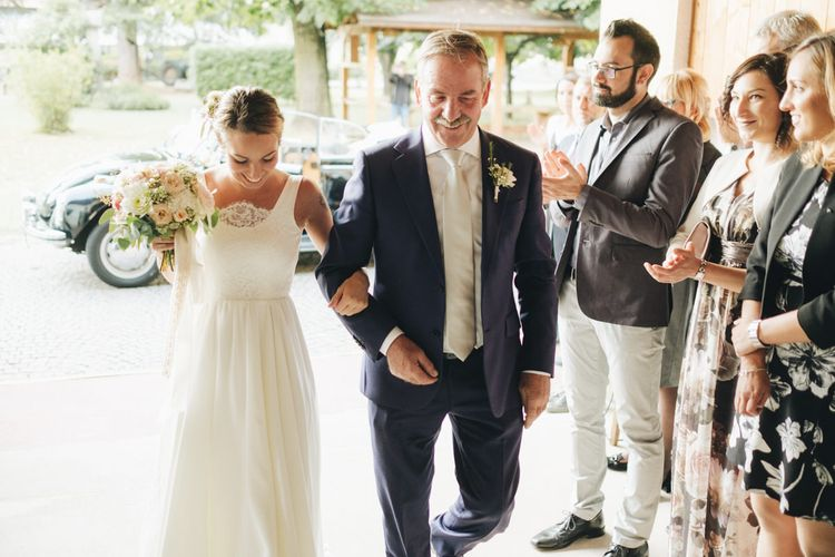 Bridal Entrance in Nadia Manzato Gown   Pastel Wedding at Tommy Vitello, Italy   Planning & Styling by Agnese Sogna Sempre   Matrimoni all'Italiana Photography   Amu Wedding Videos