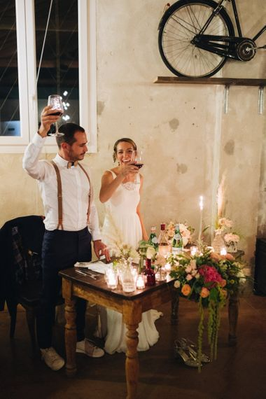 Bride & Groom at Sweetheart Table   Pastel Wedding at Tommy Vitello, Italy   Planning & Styling by Agnese Sogna Sempre   Matrimoni all'Italiana Photography   Amu Wedding Videos