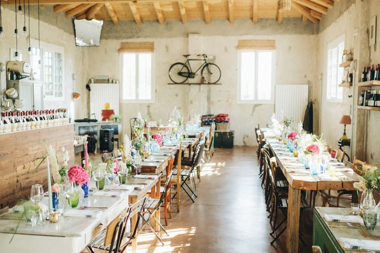 Wedding Reception with Flower Stems in Vases   Pastel Wedding at Tommy Vitello, Italy   Planning & Styling by Agnese Sogna Sempre   Matrimoni all'Italiana Photography   Amu Wedding Videos