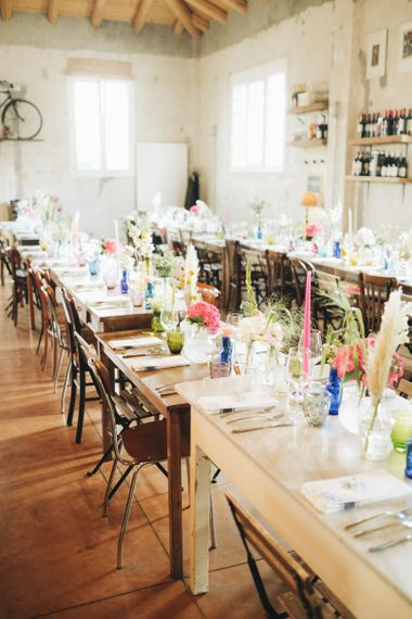 Table Scape with Flowers in Bottles   Pastel Wedding at Tommy Vitello, Italy   Planning & Styling by Agnese Sogna Sempre   Matrimoni all'Italiana Photography   Amu Wedding Videos