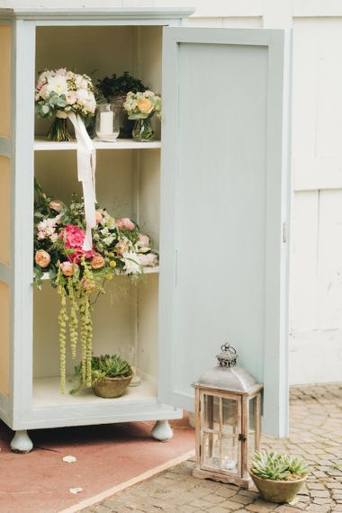Antique Dresses with Floral Decor   Pastel Wedding at Tommy Vitello, Italy   Planning & Styling by Agnese Sogna Sempre   Matrimoni all'Italiana Photography   Amu Wedding Videos