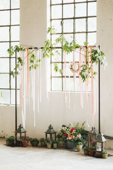 Arch with Ribbon & Floral Decor   Pastel Wedding at Tommy Vitello, Italy   Planning & Styling by Agnese Sogna Sempre   Matrimoni all'Italiana Photography   Amu Wedding Videos