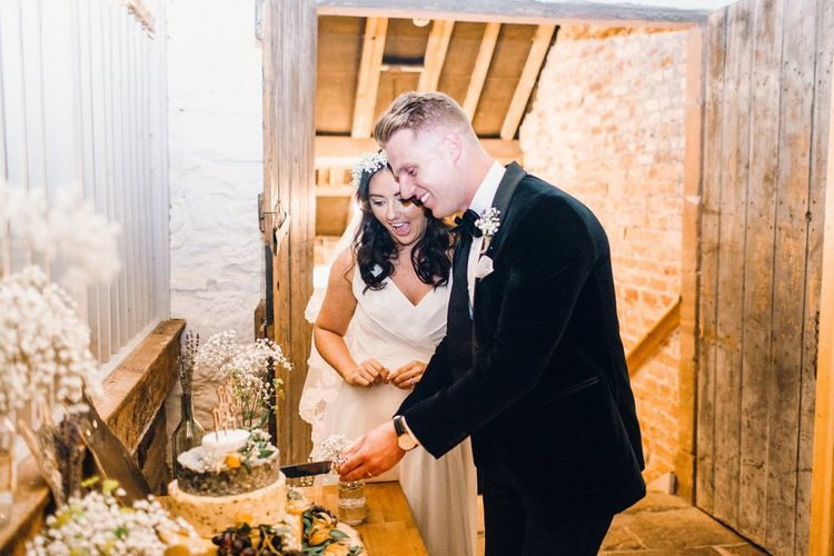 Cutting the Cake | Askham Hall | Photography by Jessica Reeve.