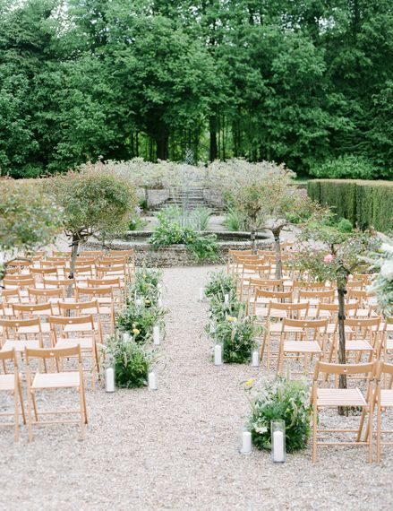 Aisle & Altar Style | Classic Green & White Outdoor Country Wedding at Voewood in Norfolk, Planned & Styled by Vanilla Rose Weddings & Events | Julie Michaelsen Photography