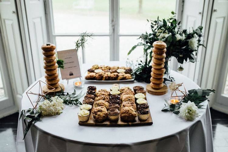 Cake Table | Stylish White, Greenery & Copper Wedding at Morden Hall in London | Beatrici Photography