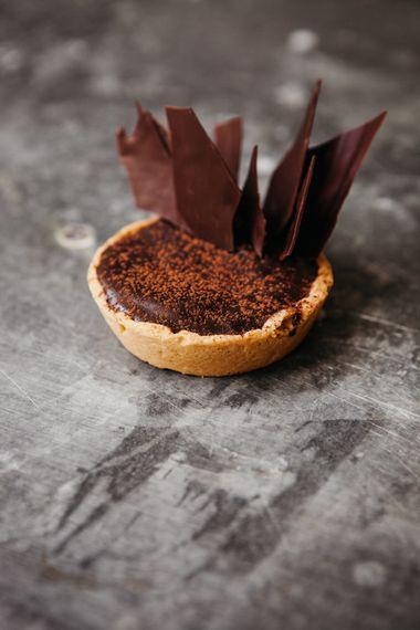 Chocolate Tarts By Lucie Bennett