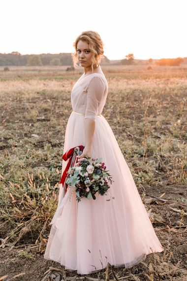 Bride in Bespoke Pink Tulle Gown & Autumnal Bouquet