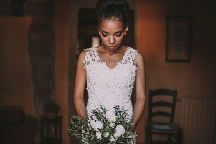 Elegant Bride in Pre Owned Wedding Dress