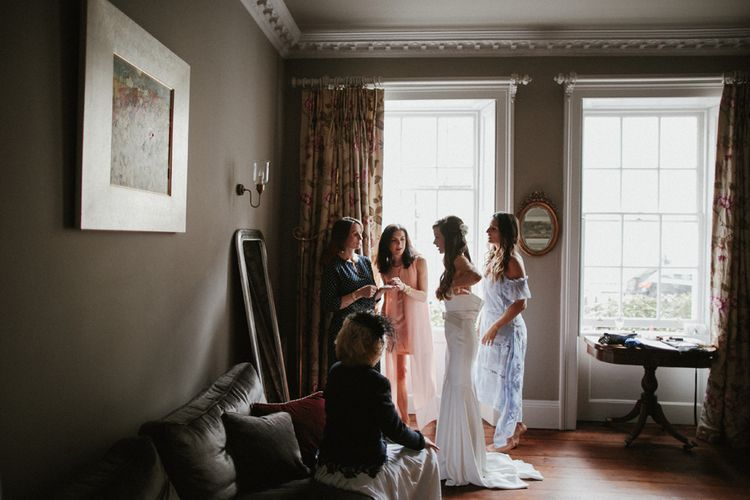 Beautiful Bridal Getting Ready Portraits