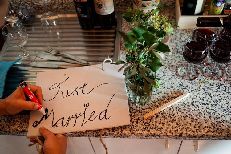 DIY Just Married Sign | Destination Wedding at Pienza, Italy | Nordica Photography