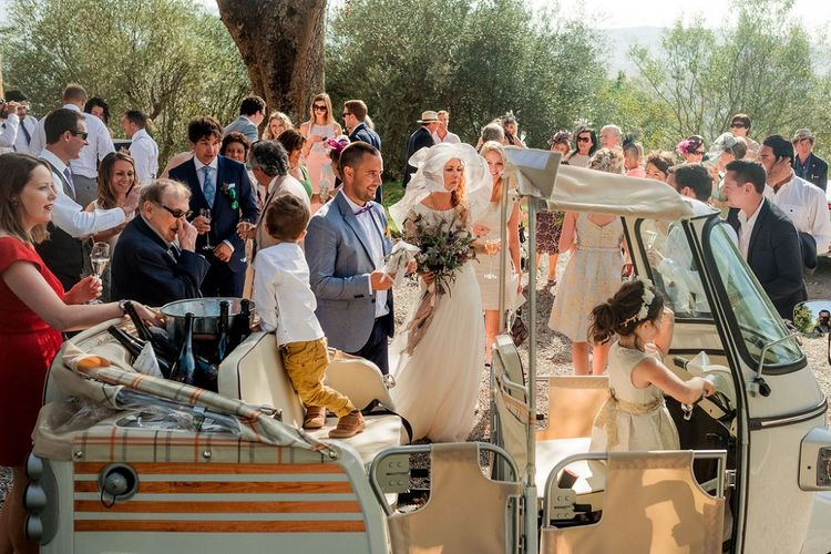 Tuc Tuc Wedding Transport | Destination Wedding at Pienza, Italy | Nordica Photography