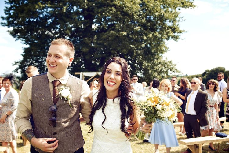 Outdoor Wedding Ceremony at Wood Farm | Vintage Weddings Photography