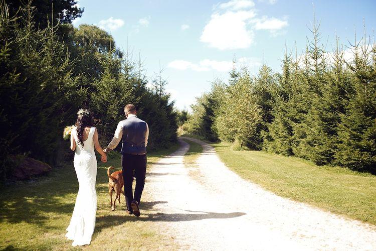 Bride & Groom | Outdoor Wedding Ceremony at Wood Farm | Vintage Weddings Photography