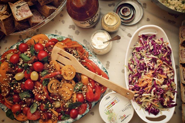 Salad Wedding Food | Vintage Weddings Photography