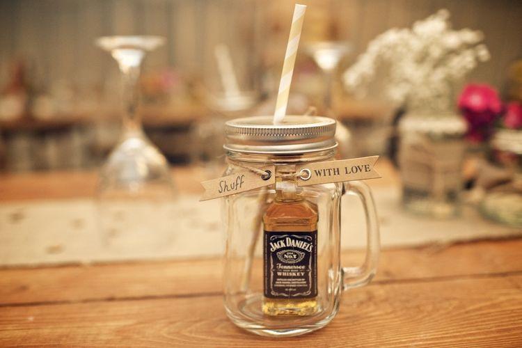 Kilner Jar Wedding Favours | Vintage Weddings Photography