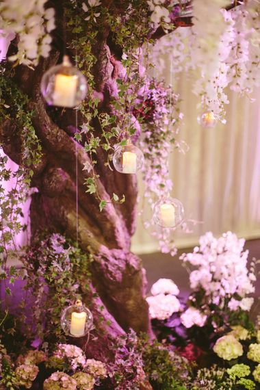 "Wedding Flowers | Image by <a href=""https://www.mandjphotos.com/"" target=""_blank"">M&J Photography</a>"
