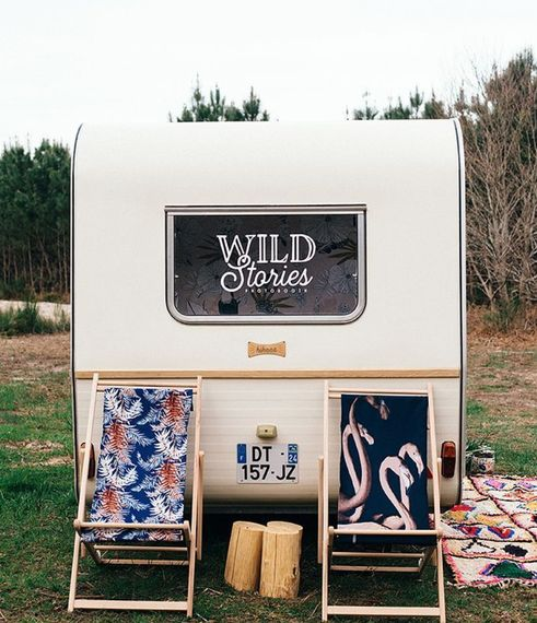 WILD STORIES PHOTO BOOTH