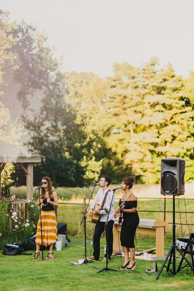 Outdoor Wedding Entertainment