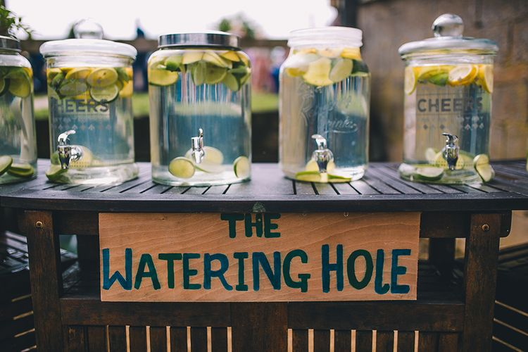 DIY Wedding Bar For Outdoor Summer Wedding // Image By Story + Colour