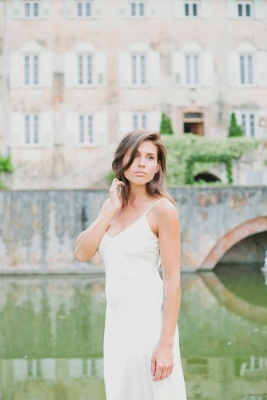 Bride in Charlie Brear Gown   Greenery on the French Riviera   Purewhite Photography   D'amour et de deco Styling