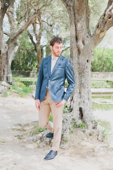Groom in Navy Samson Suit Jacket & Beige Trousers   Greenery on the French Riviera   Purewhite Photography   D'amour et de deco Styling