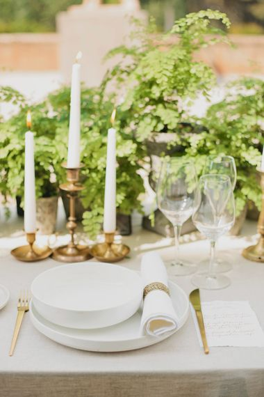 Gold Table Ware   Place Setting   Greenery on the French Riviera   Purewhite Photography   D'amour et de deco Styling