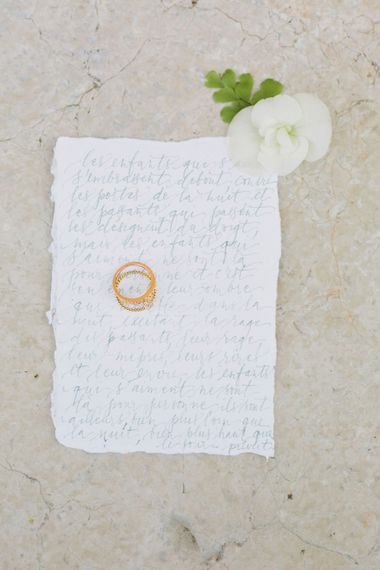 Calligraphy Letter & Wedding Ring   Greenery on the French Riviera   Purewhite Photography   D'amour et de deco Styling