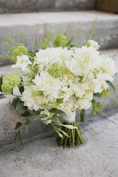 Pure White Bridal Bouquet   Greenery on the French Riviera   Purewhite Photography   D'amour et de deco Styling
