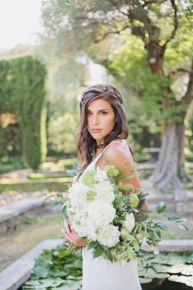 Bride in Charlie Bear Gown with White Bouquet   Greenery on the French Riviera   Purewhite Photography   D'amour et de deco Styling