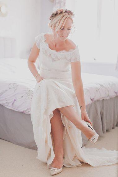 Bride in Lace Sincerity Bridal Wedding Dress