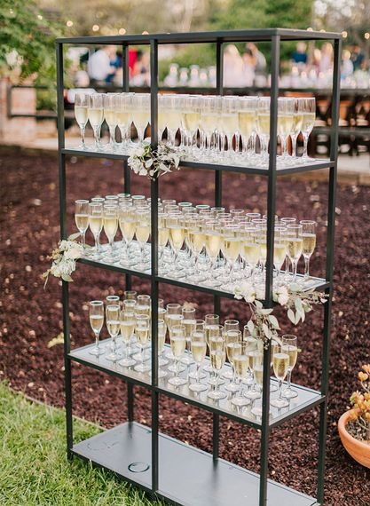Prosecco Bar | Image via Pinterest