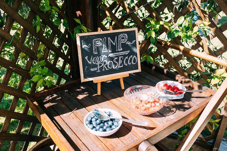 Pimp Your Prosecco Bar | Destination Wedding at Casa Cornacchi in Italy | Albert Palmer Photography