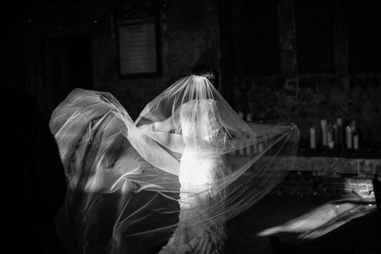 Bride in Lazaro Gown | Helen Abraham Photography